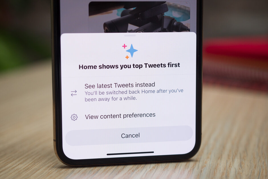 iPhone users can now post voice messages on Twitter