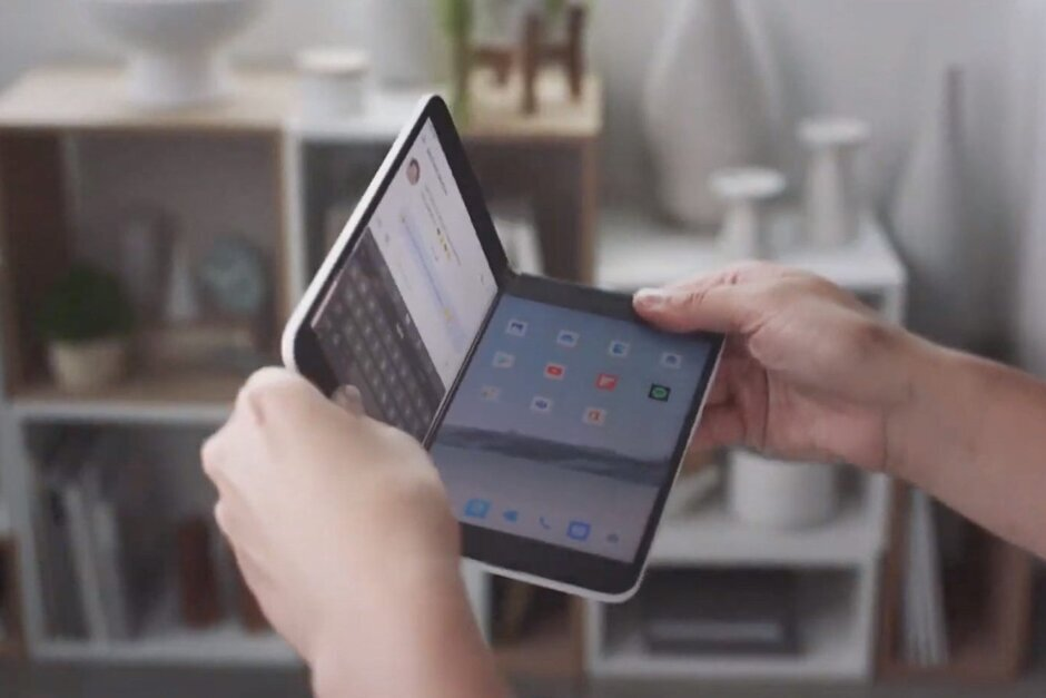 Surface Duo will reportedly get updated to Android 11 soon after launch