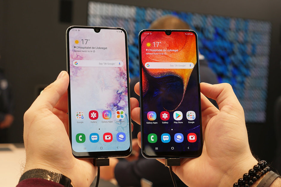 After Chinese apps, Vivo & Xiaomi could suffer in India, boosting Samsung sales in the process